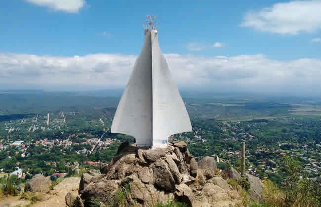 Próximo feriado en Cerro De La Virgen Y Pico Alemán