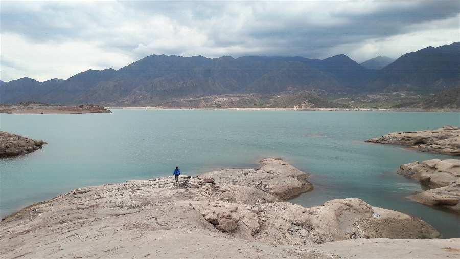 Lugares para visitar en Mendoza Embalse Potrerillos Argentina